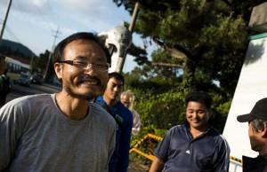 宋博士從監獄中走出,迎上歡迎人群那一刻的燦爛笑容Image: Jung Da-Woo-Ri